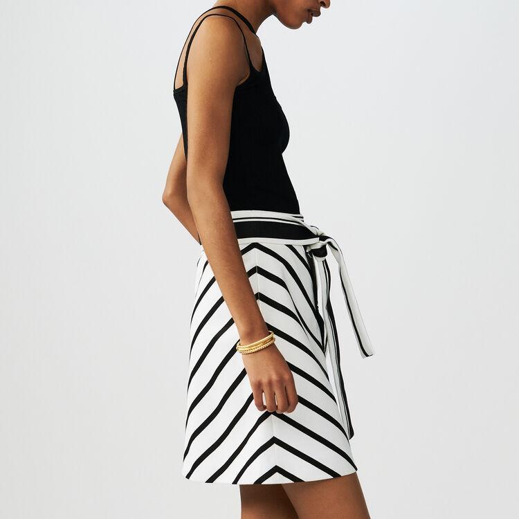 Gonna a righe a trapezio : Gonne e shorts colore A Righe