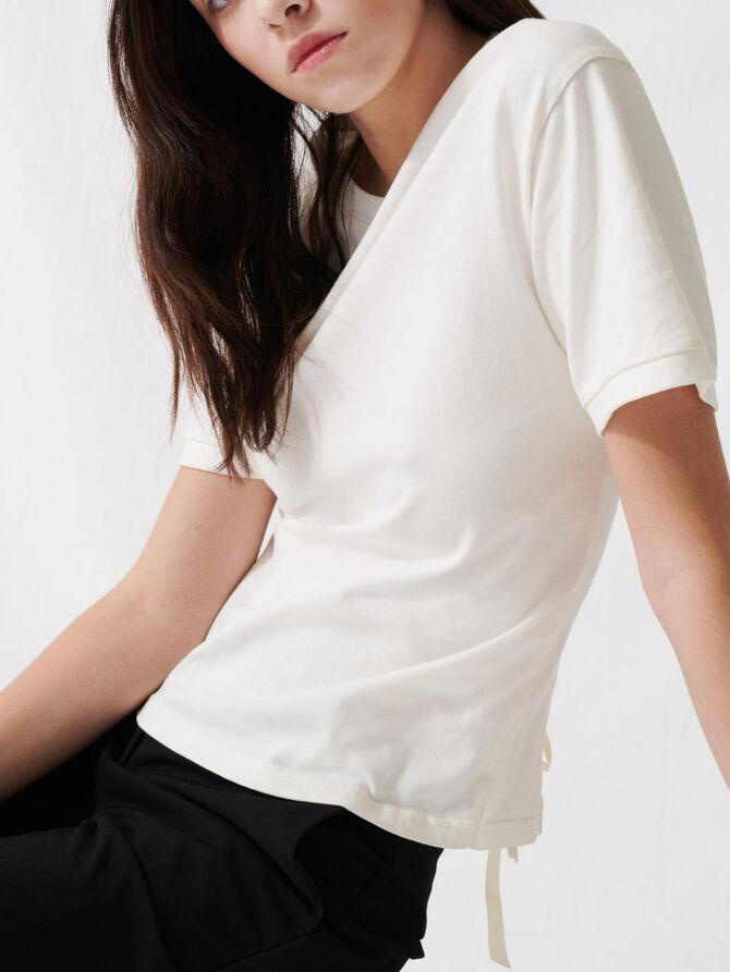 T-shirt écru allacciata sulla schiena - T-Shirts - MAJE