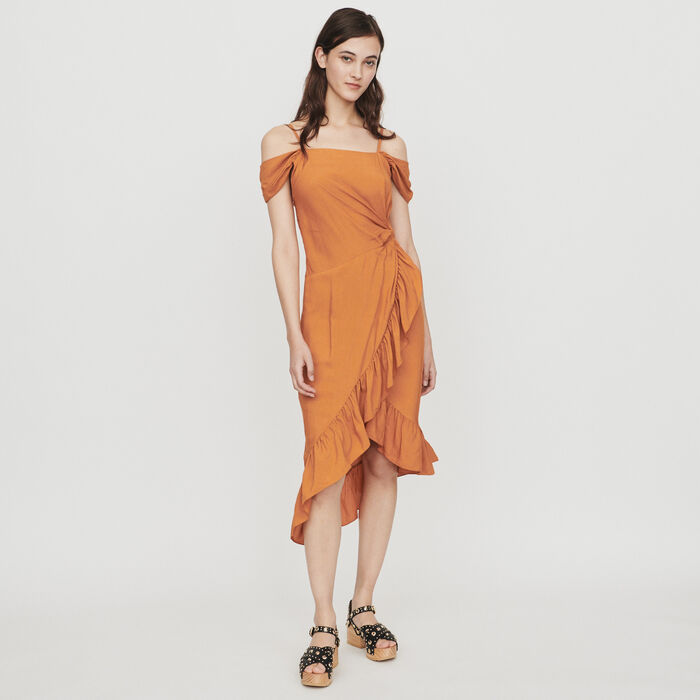 Midi dress with bare shoulders : Campagna SS19 colore Terracotta