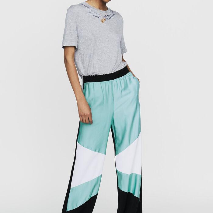 Tee-shirt con ricamo : Nuova Collezione colore Grigio