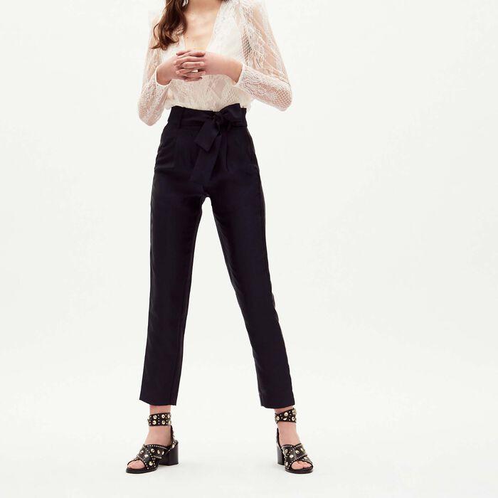 Pantaloni con pinces e cintura : Majexclusive colore Blu Marino