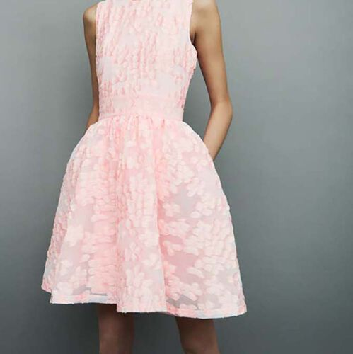 Dress with pink details : Vestiti colore Rosa