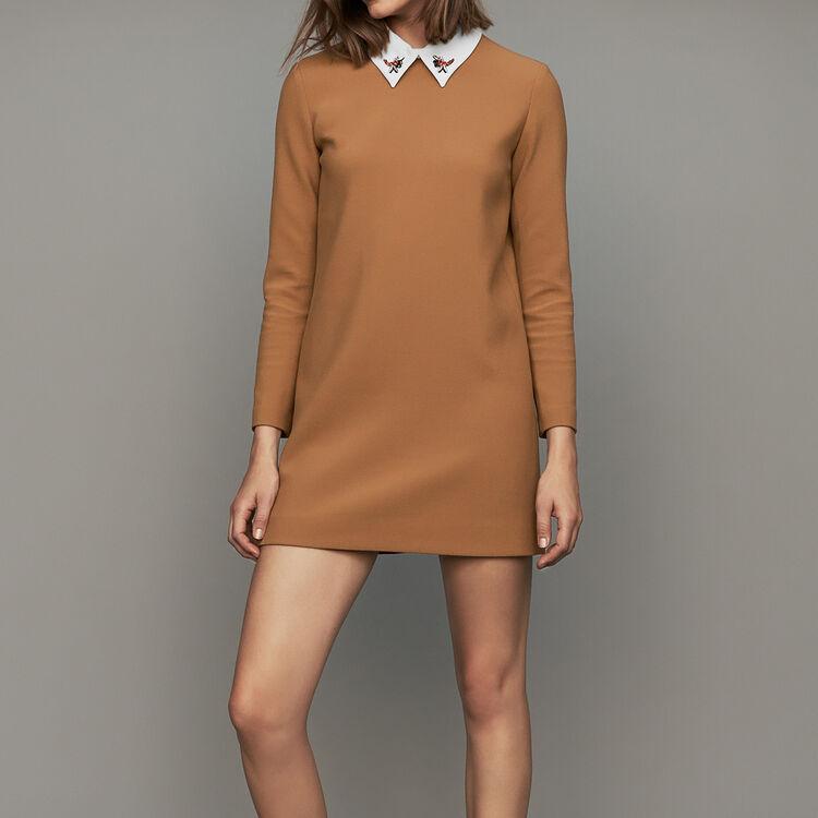 Vestito dritto con collo fantasia : Vestiti colore Cammello