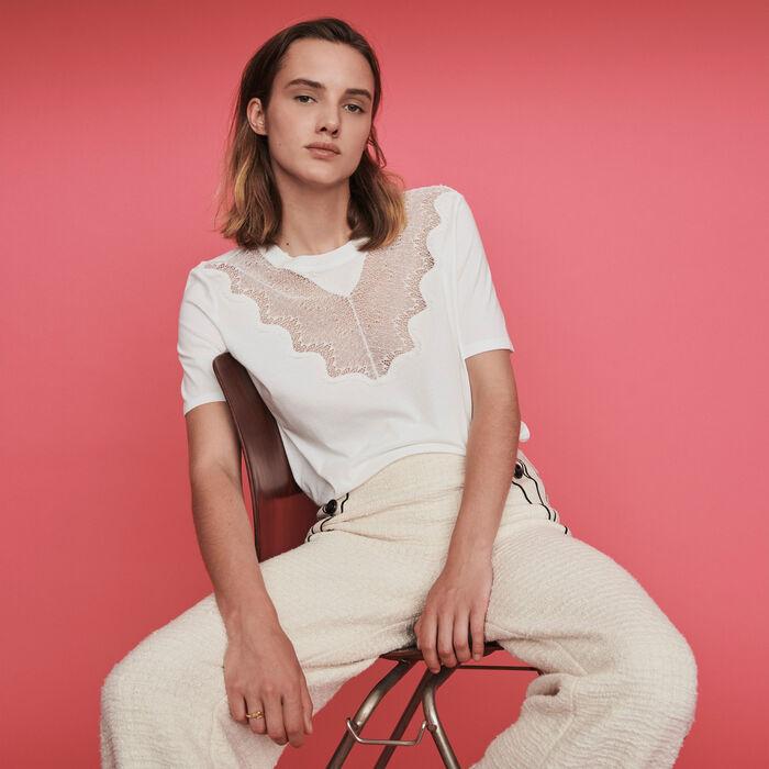 Tee-shirt con applicazioni in pizzo : T-Shirts colore Bianco