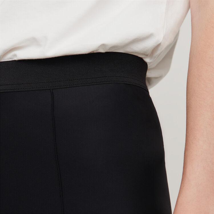 Pantalone tipo fuseau Stretch : Collezione Inverno colore Nero