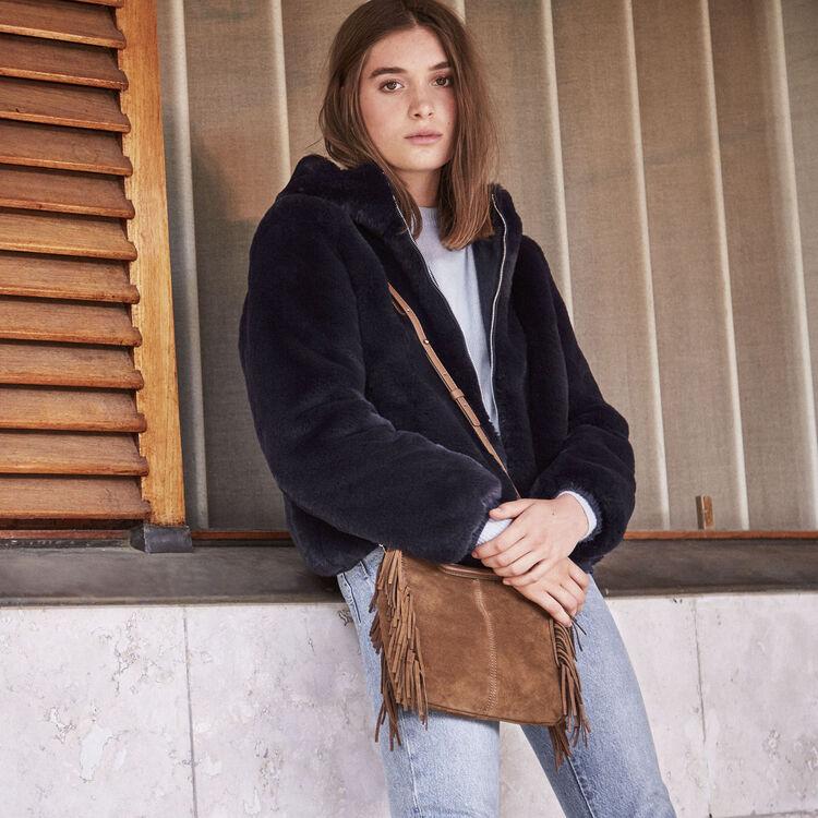 Giubbotto corto in pelliccia ecologica : Giubbotti colore