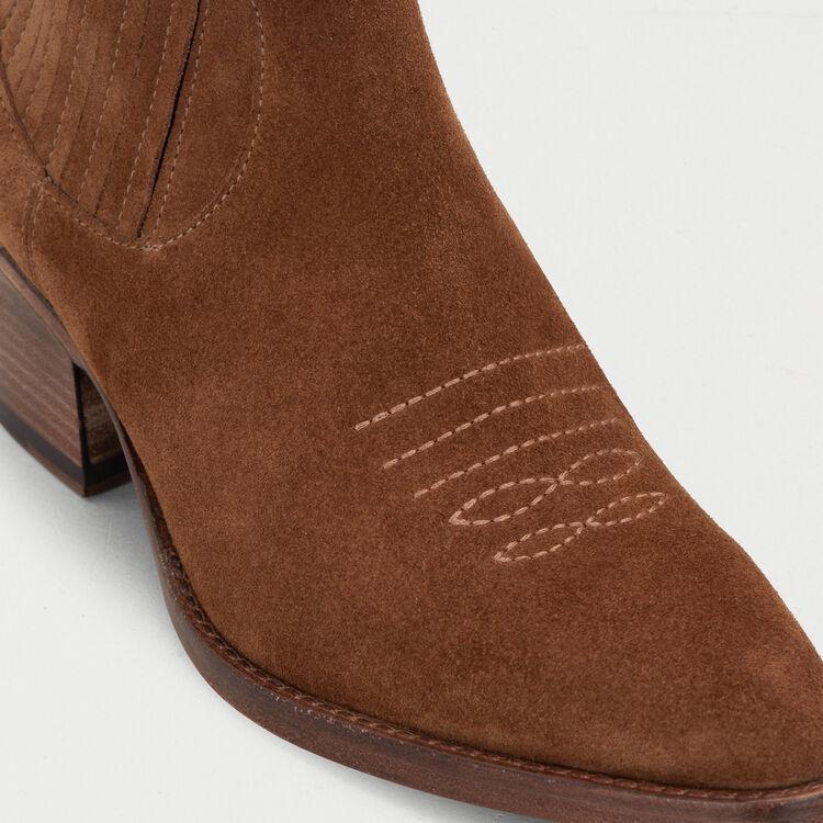 Stivaletti in suede taglio western : Stivali e Stivaletti colore Cammello