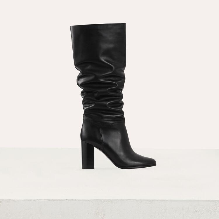 Stivali in pelle con tacco : Strivali colore Nero