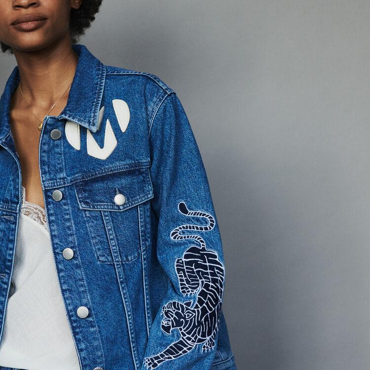 Denim jacket with embroidery : Cappotti e Giubbotti colore Denim