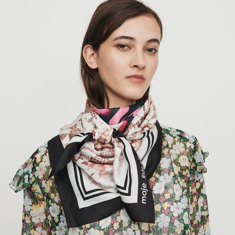 Grande foulard quadrato in seta : Scialli & Poncho colore Multicolore