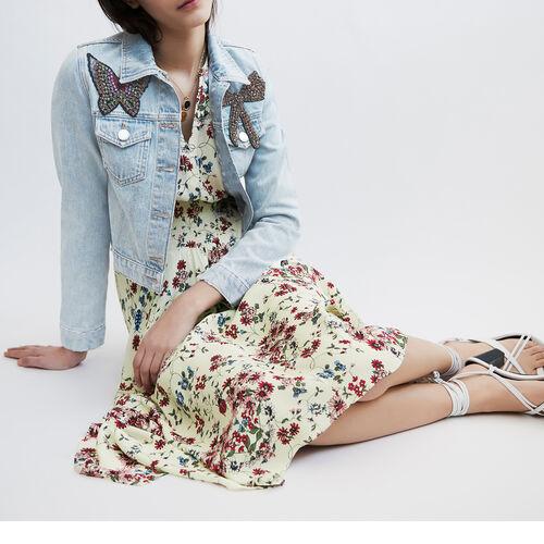 Giacca corta in jeans con applicazioni : Le denim colore Blu