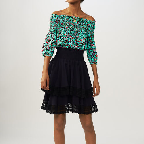 Flounced skirt with lace : Gonne e shorts colore Blu Marino